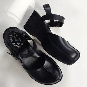 EUC Kork-Ease leather shoes